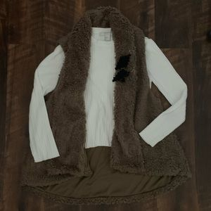NWOT Brown F21 Faux Fur Vest